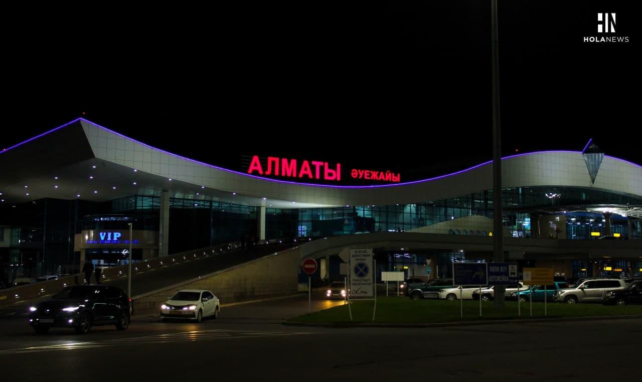 Прибыли без ПЦР: сколько Казахстан потратил на изоляцию граждан, прилетевших в страну без справки