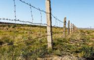 На границе Атырауской и Астраханской областей устанавливают ограждения