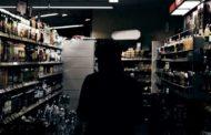 Владельцы магазинов обвиняют полицейских в провокациях при закупе спиртного