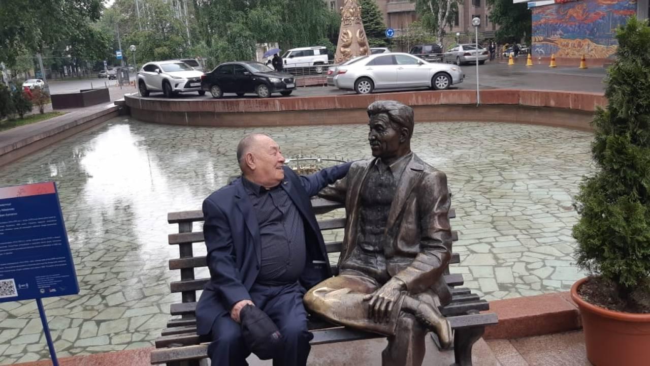 Первый казахстанец, снявшийся в Голливуде, о зарплате: Наши не потянут