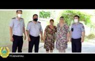 В Туркестанской области два ребенка упали в уличный туалет