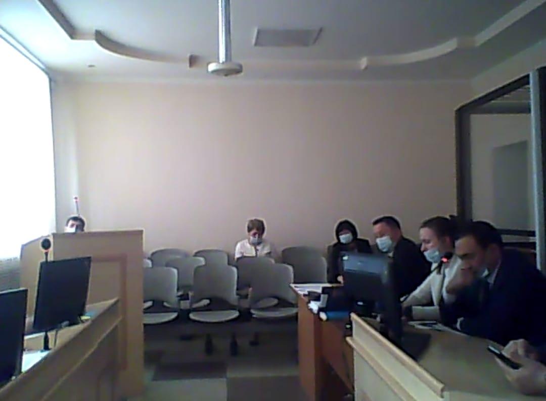Азамат Найманов пытается доказать в суде, что уголовное дело потерпевших затягивали, чтобы они дали показания против него