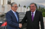 Токаев и президент Таджикистана провели переговоры в Душанбе