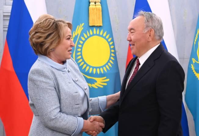 Назарбаев обсудил с председателем Совета Федерации России сотрудничество двух стран