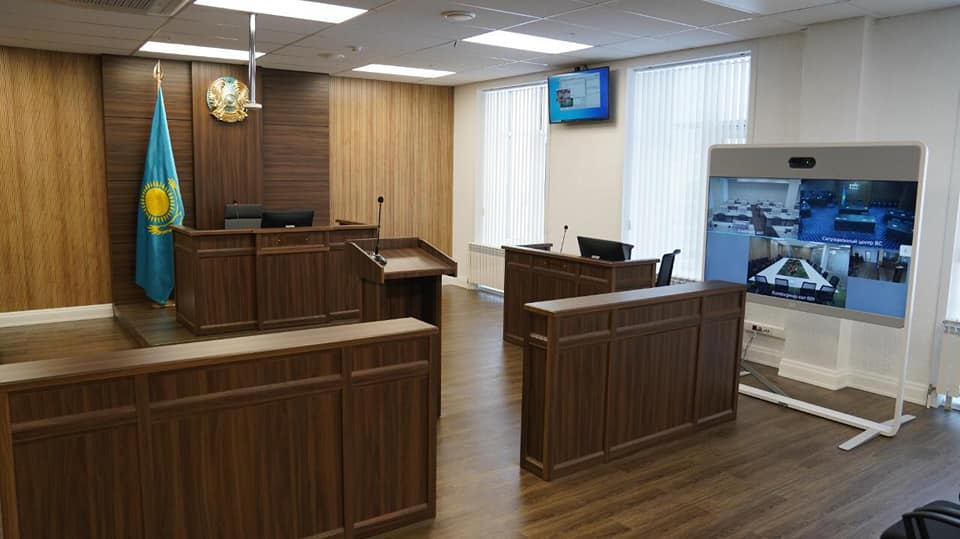 Суд приговорил к пожизненному сроку фигуранта дела об изнасиловании несовершеннолетней девочки в Сатпаеве