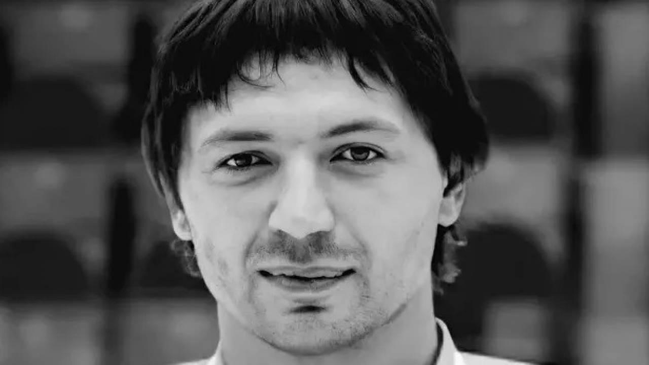Экс-защитник сборной Казахстана по хоккею умер от КВИ