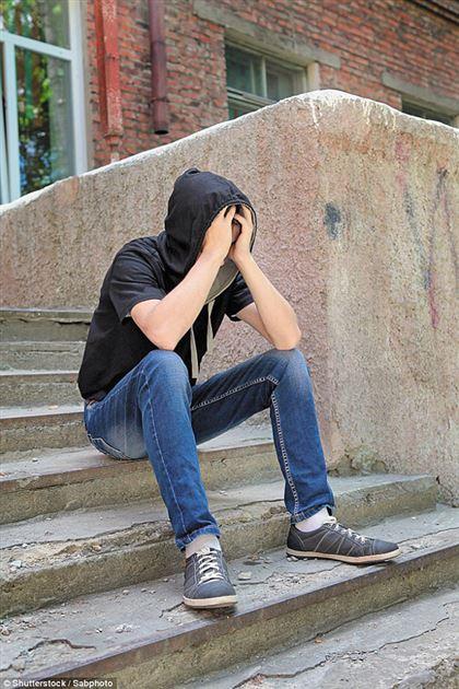 Каждый седьмой опрошенный казахстанский школьник был в запое — исследование