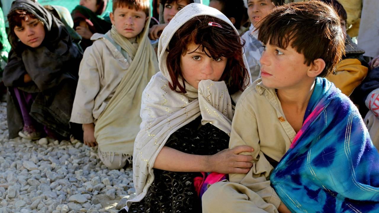 Талибы в Афганистане забирают в сексуальное рабство 12-летних девочек