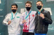 Казахстанский гимнаст взял «серебро» на Кубке мира