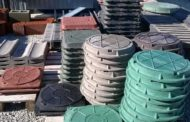 Из казахстанского мусора в Челябинске делают полимерные крышки для канализационных люков