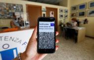 В Евросоюзе впервые введут обязательные COVID-паспорта