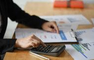 Допрашивают как преступников и блокируют счета, — предприниматели жалуются на налоговиков