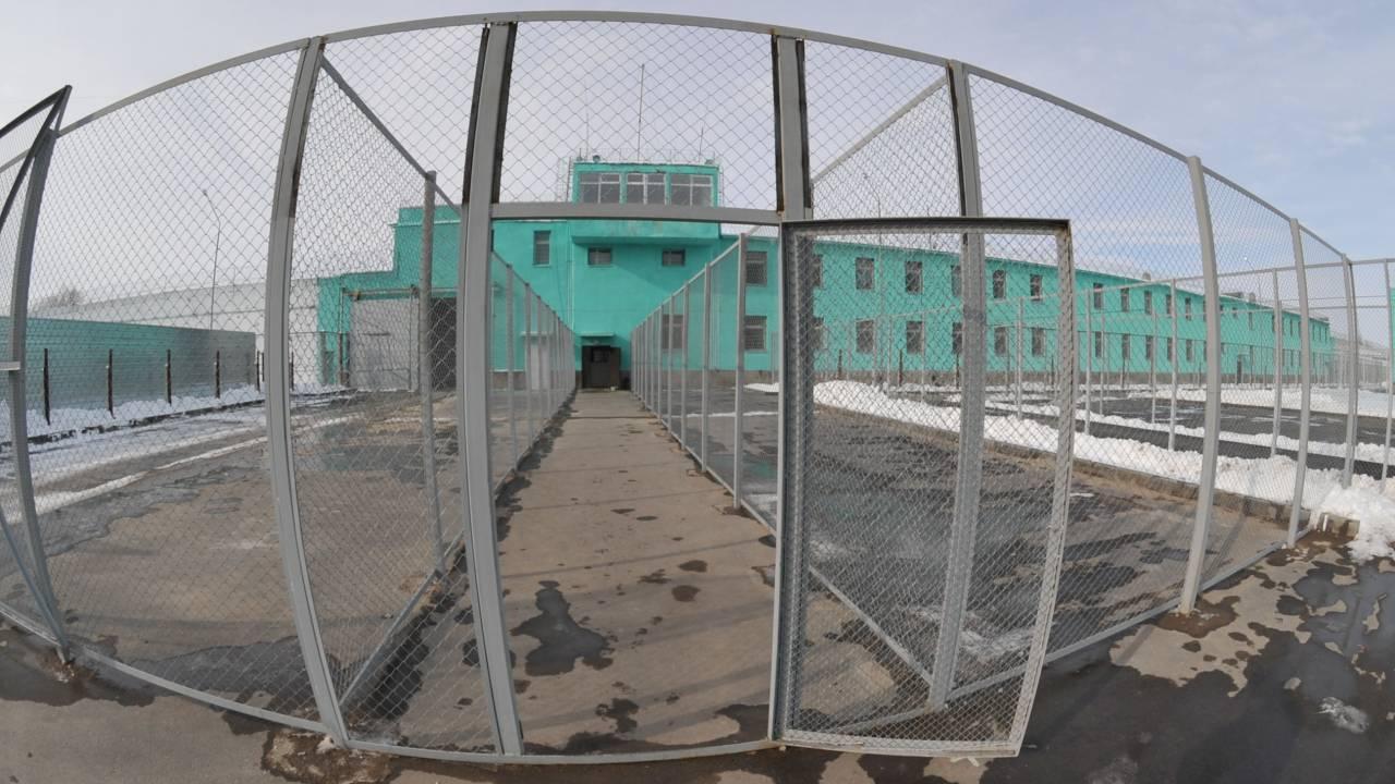 Павлодарского насильника освободили спустя два года – его жертва боится мести