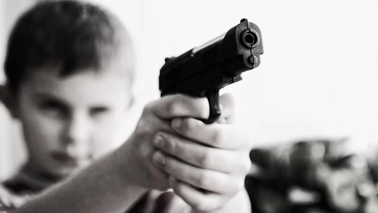 В США ребенок застрелил мать во время видеозвонка