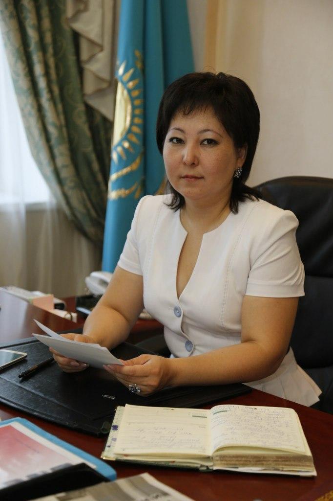 Алия Турткараева вернулась «сеять вечное и разумное», правда, теперь в районный отдел образования