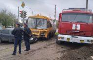 КамАЗ, школьный автобус и авто столкнулись в Павлодаре — пострадали 9 детей